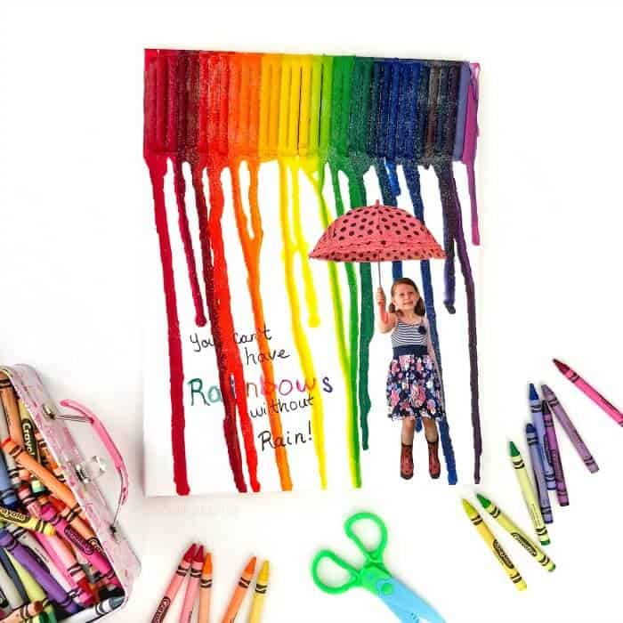 how to make a diy rainbow crayon art photo gift with your child