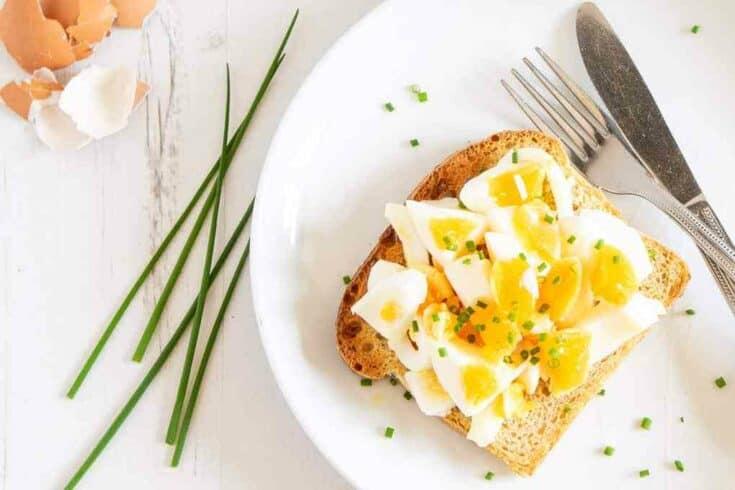Smashed Eggs on Toast