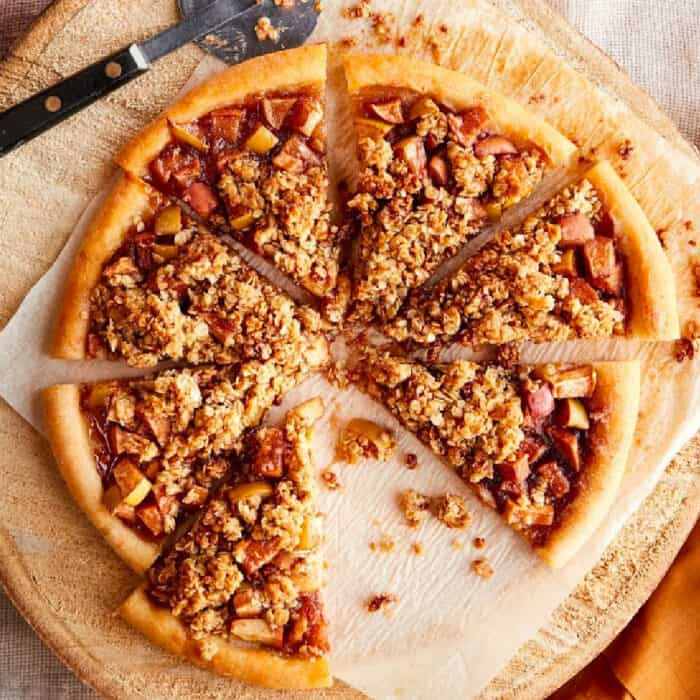 Close up of desert apple pizza